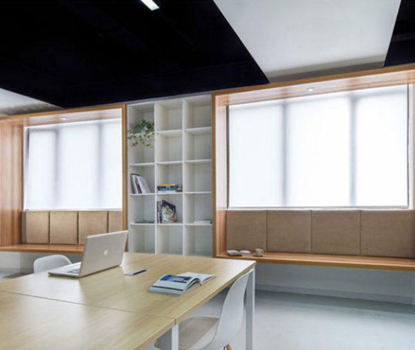 خلاقیت در طراحی صندلی متصل به پنجره در دفتر اداری | ایتوک
